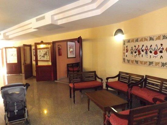 I Giardini di Cala Ginepro Hotel Resort: Ingresso ristorante