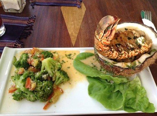 Guava Limb Cafe: Lobster season dish!