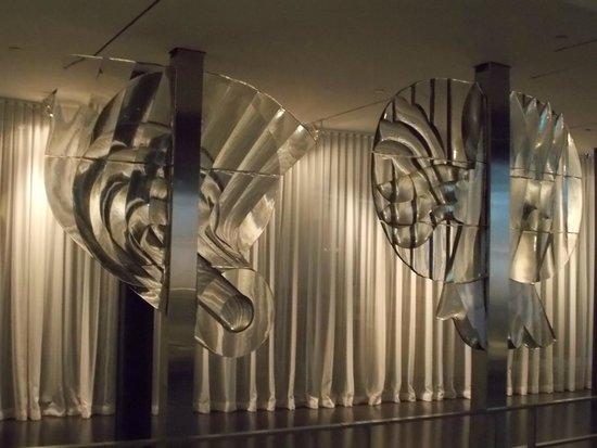 Corning Museum of Glass: Stanislav Libensky & Jaroslava Brychtova, 1973