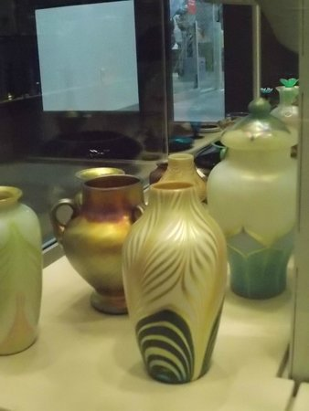 The Corning Museum of Glass: F. Carder collection