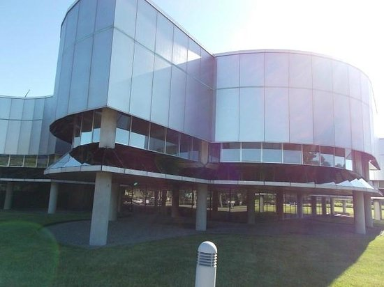 The Corning Museum of Glass: CMOG - rear view