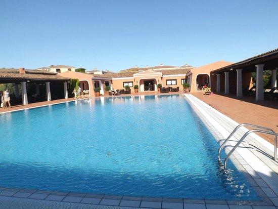 I Giardini di Cala Ginepro Hotel Resort: Piscina relax
