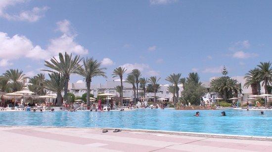 El Mouradi Djerba Menzel: Les piscines sont à l'eau salée sauf une à l'eau douce