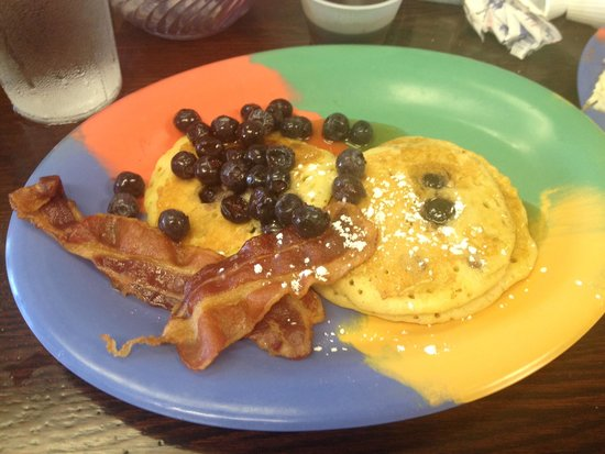 Jan's Place : Blue Berry Pancakes from the m-f menu