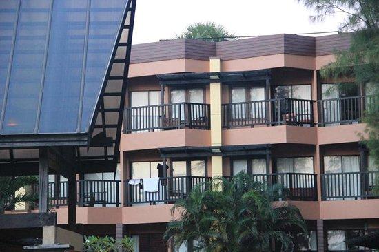 Phuket Island View : здание