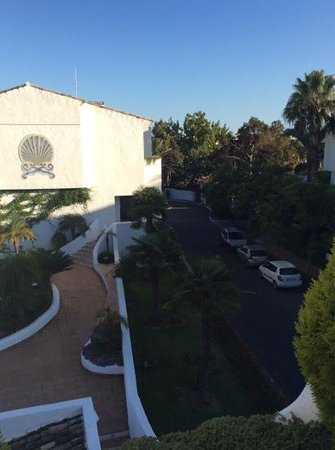 Puente Romano Beach Resort & Spa Marbella: the view from our room