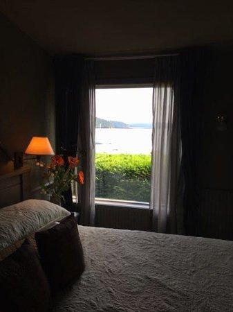 Kingfish Inn : Spruce Suite (KF4) at Kinfish Inn on Orcas Island, Washington