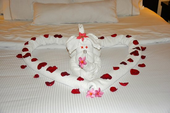 The Westin Golf Resort & Spa, Playa Conchal : Done by room service for our honeymoon!