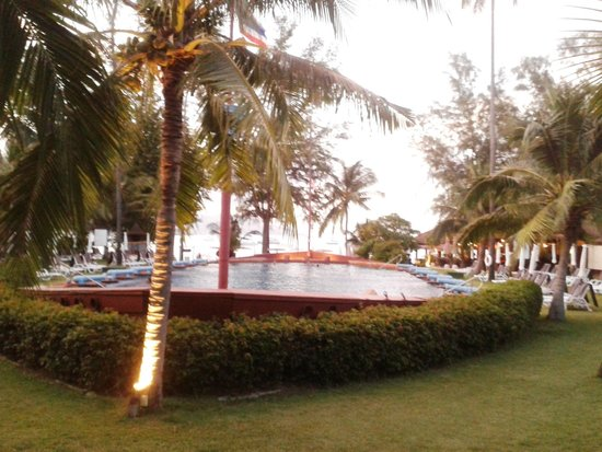 Imperial Boat House Beach Resort: Big Pool