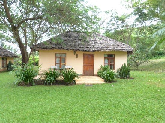 Arusha Safari Lodge: Our Bungalow