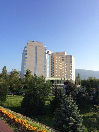 Hilton Sofia: Exterior