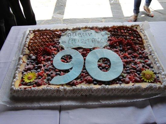 Montalbano: La torta della festa per i 90 anni