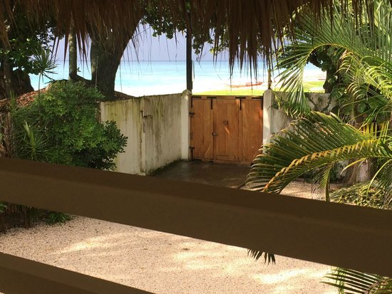 Hotel Piratas del Caribe: The view from the suit