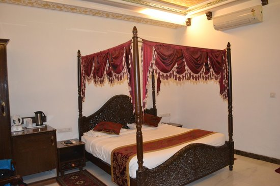Nahargarh Haveli: Actual Pic of 3rd Class Suite