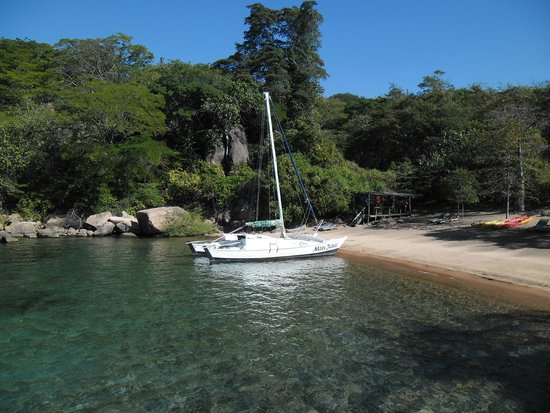 Mumbo Island: The cat we sailed on
