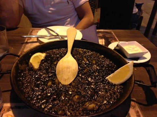 El Patio Bodega: riso al nero di seppia