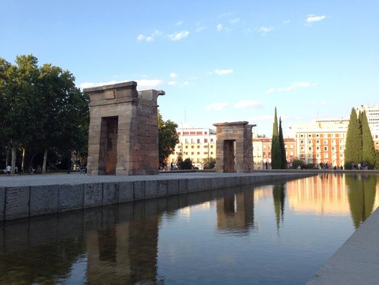 Templo de Debod : Sunset at the Temple