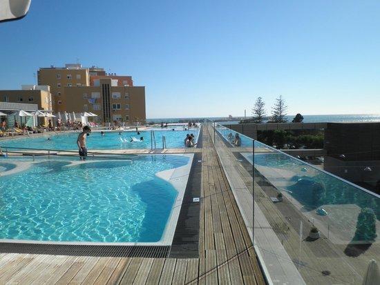 Parador de Cádiz: piscinas