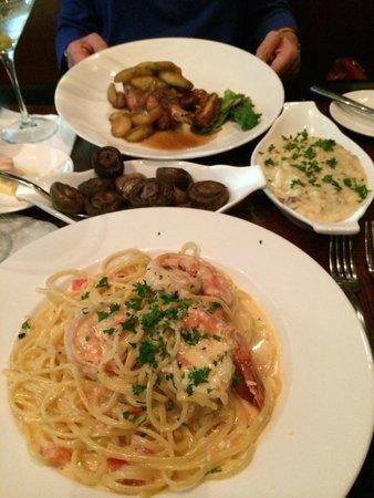 Cedars Steak House: Fantistic Food