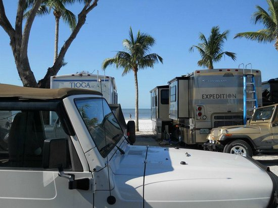 Red Coconut RV Park: View from the camp sites to the beach.