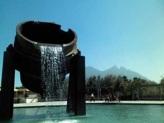 Paseo de Santa Lucia : Olla de Fundición