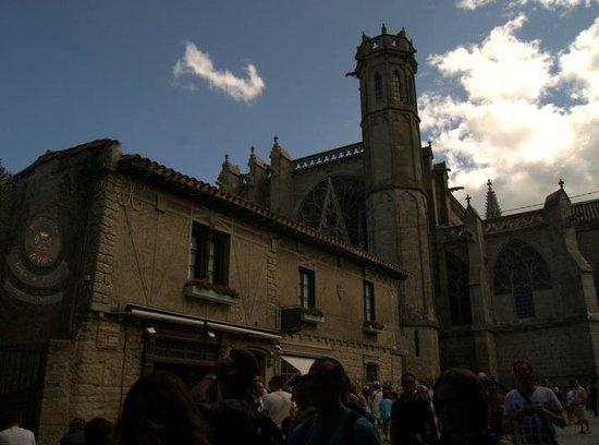 Liste des comtes de Carcassonne : basilica