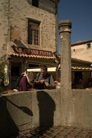 Liste des comtes de Carcassonne : il gran pozzo