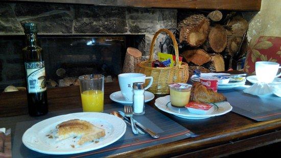 St Anton: Desayunando!