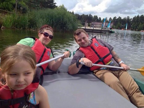Center Parcs Whinfell Forest: Fun on the lake.