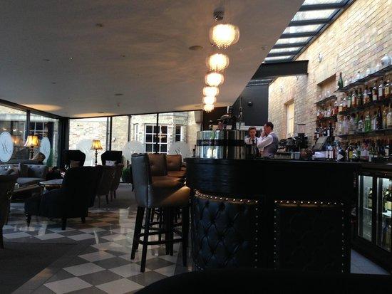 Poets House: Study Bar