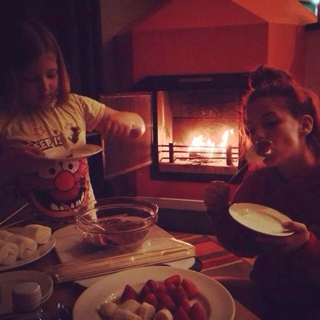 Center Parcs Whinfell Forest: Best part of the day, toasted Marshmallows strawberries & chocolate. Lovely.