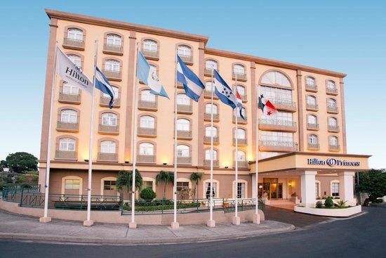 Hilton Princess Managua: Hotel y alrededores