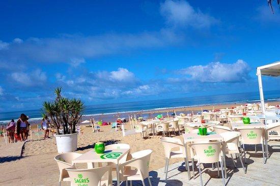 Costa de Caparica: Beautiful skies and beach