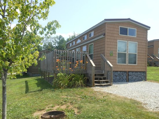 Jellystone Park at Lake Monroe: Deluxe lodges have a queen bed, children's bunk beds and a loft.