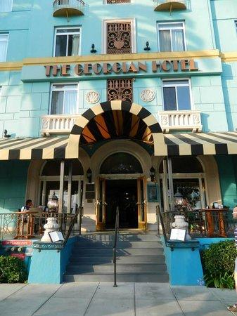 The Georgian Hotel: Adorable hotel!