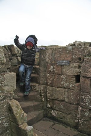 Lindisfarne Priory: They must have been very small monk's