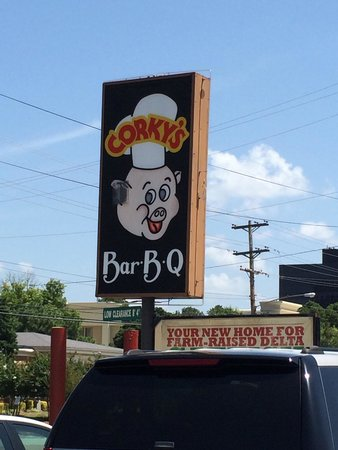 Corky's BBQ: Out front