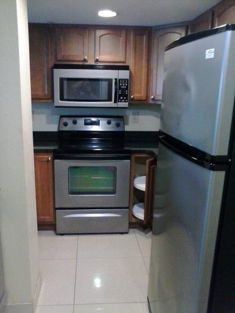 Myrtle Beach Atlantic Palms Oceanfront: Kitchenette(even came with a dishwasher)