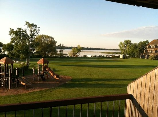 Arrowwood Resort & Conference Center : Beautiful view out window with nice size balcony