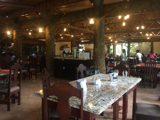 Los Lagos Hotel Spa & Resort: Dining area