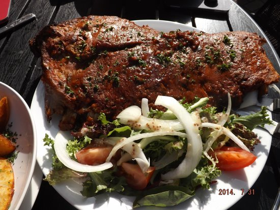 Black Pearl: Delicious Whole Rack of Ribs