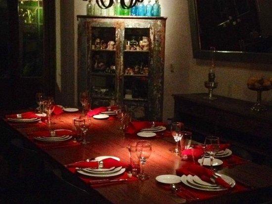 La Casa de los Limoneros: La mesa y su decoracion