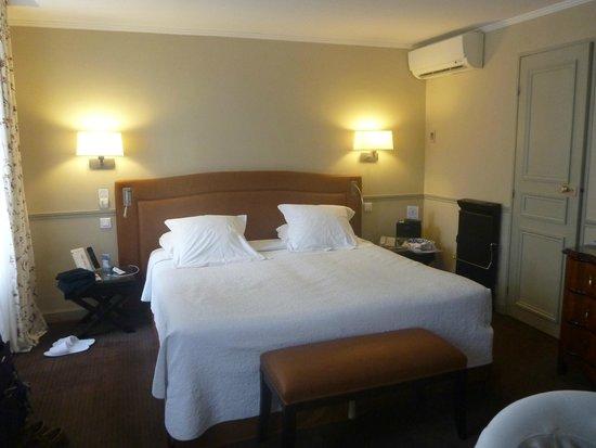 Hotel Relais Bosquet Paris: Room 32