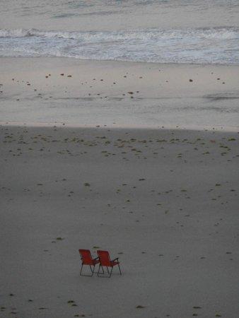 Sea Club IV: The loan chair,,,everyone has gone home