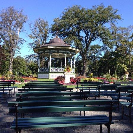 Halifax Public Gardens : Très beau gazebo