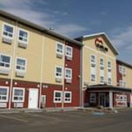 Heartland Hotel