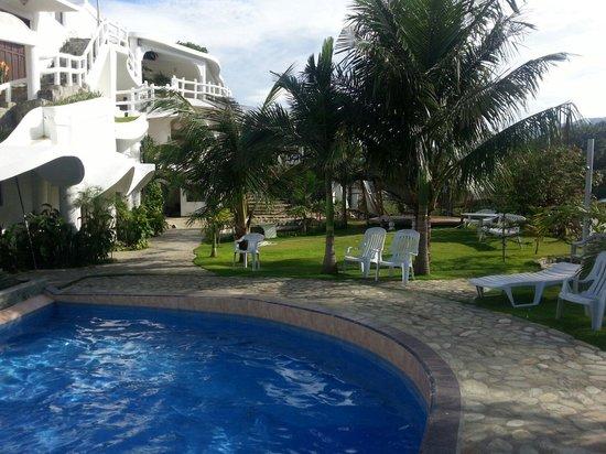Redsun Resort: poolside