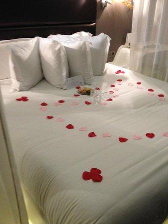 Legend Hotel by Elegancia : Quarto