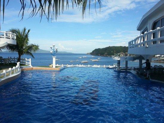 Redsun Resort: seaview in the pool