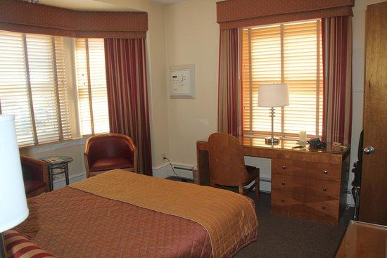 Alexander Inn: Room 508 - 1